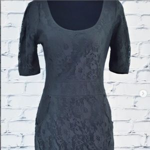 Vero Moda⁣ Black Lace Sheath Dress Pockets Stretch